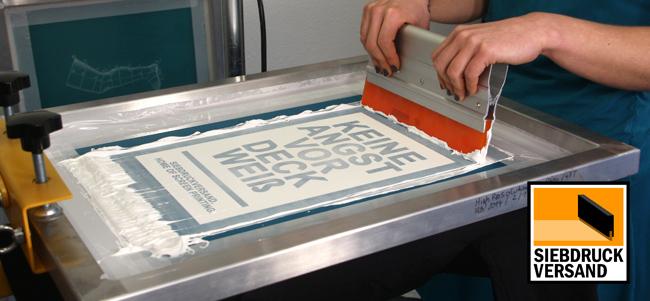 Wasserbasierte Siebdruckfarbe von DEKA - Ideal für Textilien